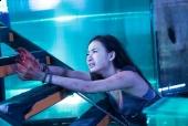 Hãng phim TBL | Angela Phương Trinh vật vã trên bậc cầu thang