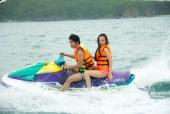 Hãng phim TBL | Angela Phương Trinh cùng 'bạn trai' nô đùa trên biển